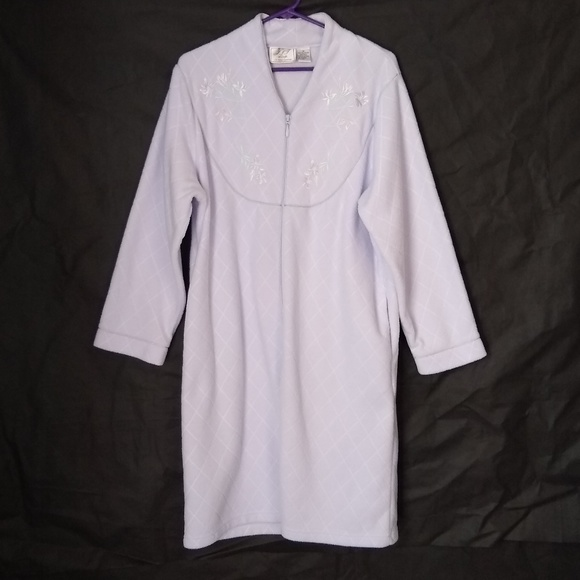 JIT Sleep Collection Other - JIT Sleep Collection Housecoat Size M 2 Pockets